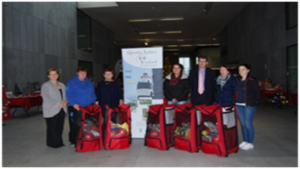 Successful candidates receive their equipment bags from Sports Active Wexford and the HSE Health Promotion Unit.